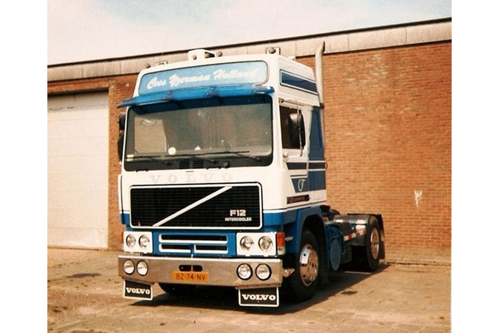 Eerste vrachtwagen IJzerman transport